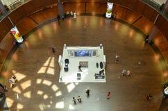 Centre commercial de Dubaï, Dubaï du centre, Emirats Arabes Unis le 6 mai 2015 Photos stock