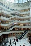 Centre commercial de luxe à Changhaï Images libres de droits