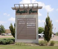 Centre commercial de verger du ` s d'Angelo, Marion, Arkansas Image stock
