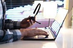 Centre d'appels, 24/7 service SVP ou concept de ligne directe de soutien Photos libres de droits