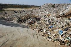 Centre d'enfouissement des déchets photo stock