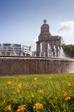 Centre de Barcelone de fontaines de Plaça de Catalunya image libre de droits