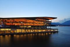 Centre de conférences de Vancouver à la place du Canada Images libres de droits