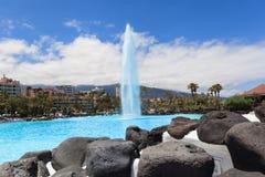 Centre de divertissement Lago Martianez avec des piscines avec de l'eau océanique, Images stock