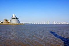 Centre de la Science de Macao et pont d'Amizade, Macao, Chine Photographie stock