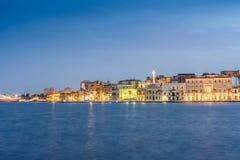 Centre de la ville de Brindisi, Puglia, au sud de l'Italie photos stock