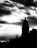 Centre de la ville de Leeds à au coucher du soleil image stock