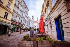 Centre de la ville prolongé Mariahilf à Vienne, Autriche, automne Photographie stock