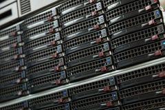 Centre de traitement des données avec les unités de disque dur Photo libre de droits