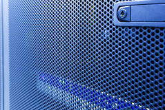 Centre de traitement des données de pointe moderne d'Internet Fermez-vous vers le haut de l'ordinateur géant de porte avec la tac image stock