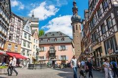 Centre de ville historique de Cochem en Allemagne photos stock