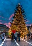 Centre historique de Brasov en quelques jours de Noël, Romani Photographie stock libre de droits