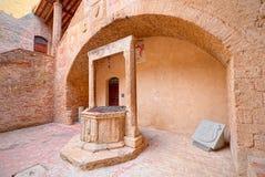 Centre historique du village médiéval de San Gimignano, Toscane Images libres de droits
