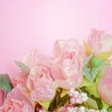 Centre mou de bouquet rose artificiel doux de roses Image stock