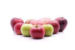 Centre mou du type multiple de pommes au-dessus du fond blanc Images libres de droits