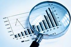 Centre-se sobre o gráfico Fotografia de Stock