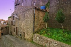 Centre urbain de la ville de Pollina en Sicile photos stock