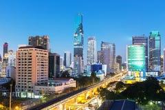 Centre-ville à Bangkok Thaïlande dans le temps crépusculaire Photo stock