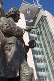 centrera den västra statyn för den stadsjoseph leeds priestleyen - yorkshire Royaltyfria Foton