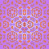 Centrerad orange violet för skinande prydnad Royaltyfri Bild