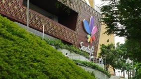 Centro comercial de Santa Fe en Medellin almacen de metraje de vídeo