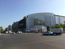 Centro comercial de Unirea, plaza de Unirii, Bucarest Imagenes de archivo