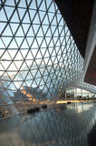 Centro comercial futurista Fotos de archivo