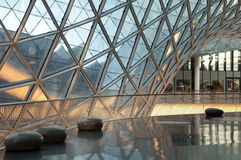 Centro comercial futurista Imagen de archivo libre de regalías