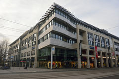 Centro comercial a lo largo de Breiter Weg en Magdeburgo Fotografía de archivo libre de regalías