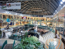 Centro commerciale ad ovest di Edmonton immagine stock libera da diritti