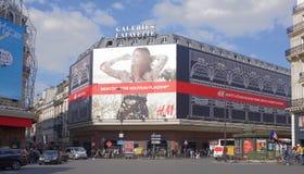 Centro commerciale di La Fayette, vista dal boulevard Haussmann Su fotografia stock