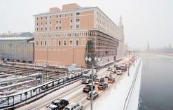 Centro da cidade de Moscou na tempestade de neve Foto de Stock Royalty Free