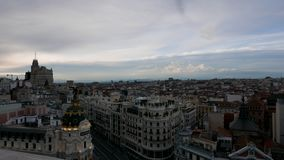 Centro da cidade do Madri, Espanha de Gran Via filme