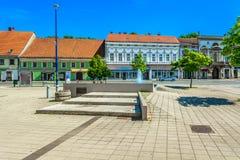 Centro da cidade em Karlovac, Croácia foto de stock
