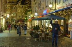 Centro da cidade histórico de Baden-Baden com decorações do Natal Fotografia de Stock Royalty Free