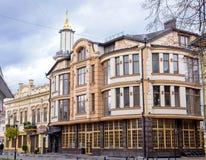 Centro da cidade na cidade ucraniana ocidental Ivano-Frankivsk Fotos de Stock Royalty Free