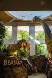 Centro da descoberta de Jurassic Park em estúdios universais imagens de stock royalty free