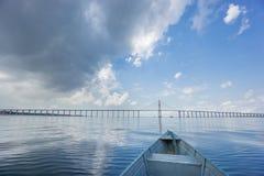 Centro da ponte de Manaus Iranduba, Ponte Rio Negro fotografia de stock