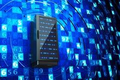 Centro dati, server di rete, Internet che ospita e concetto di tecnologie informatiche Immagini Stock