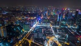 Centro de cidade aéreo de Timelapse da noite de Singapura vídeos de arquivo