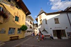 Centro de cidade de Castelrotto Fotos de Stock