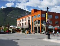 Centro de ciudad de Banff Imagen de archivo libre de regalías