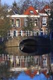Centro de ciudad de Delft Imagenes de archivo