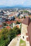 Centro de ciudad de Ljubljana del castillo Eslovenia Foto de archivo libre de regalías