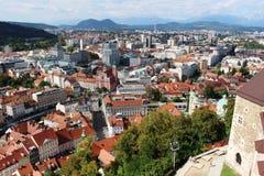 Centro de ciudad de Ljubljana del castillo Eslovenia Foto de archivo