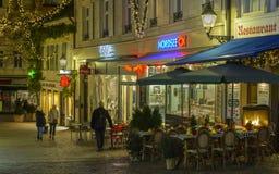 Centro de ciudad histórico de Baden-Baden con las decoraciones de la Navidad Fotos de archivo libres de regalías