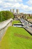 Centro de ciudad de York visto de la pared de la ciudad de York Fotos de archivo