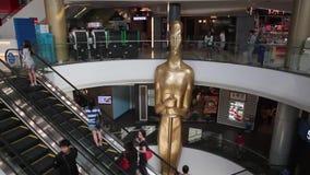 Centro de compra do terminal 21 em Banguecoque vídeos de arquivo