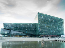 Centro de conferencia de Reykjavik Islandia Fotografía de archivo libre de regalías
