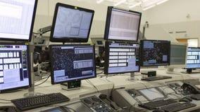 Centro de controle da autoridade de serviços do tráfico aéreo nenhuns povos video estoque